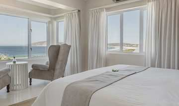 Robberg Beach Lodge  Luxury Accommodation 4