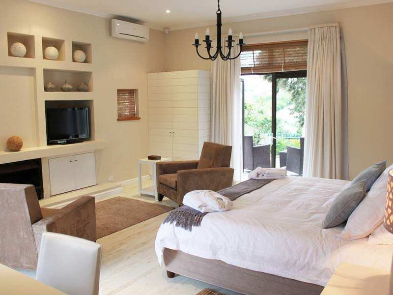 Plettenberg Bay Accommodation The Robberg Beach Lodge Cottage Pie Suite Bedroom 5