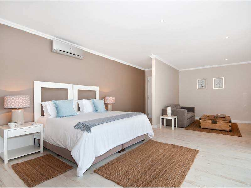 Plettenberg Bay Accommodation The Robberg Beach Lodge Cottage Pie Suite Bedroom 1