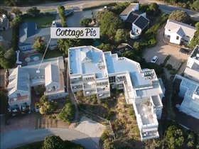 The Robberg Beach Lodge Aerial View Cottage Pie