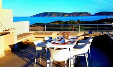 Plettenberg Bay Accommodation The Robberg Beach Lodge Dinners Lunch.
