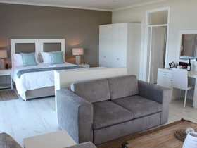 Plettenberg Bay Accommodation The Robberg Beach Lodge Cottage Pie Suite Bedroom 3
